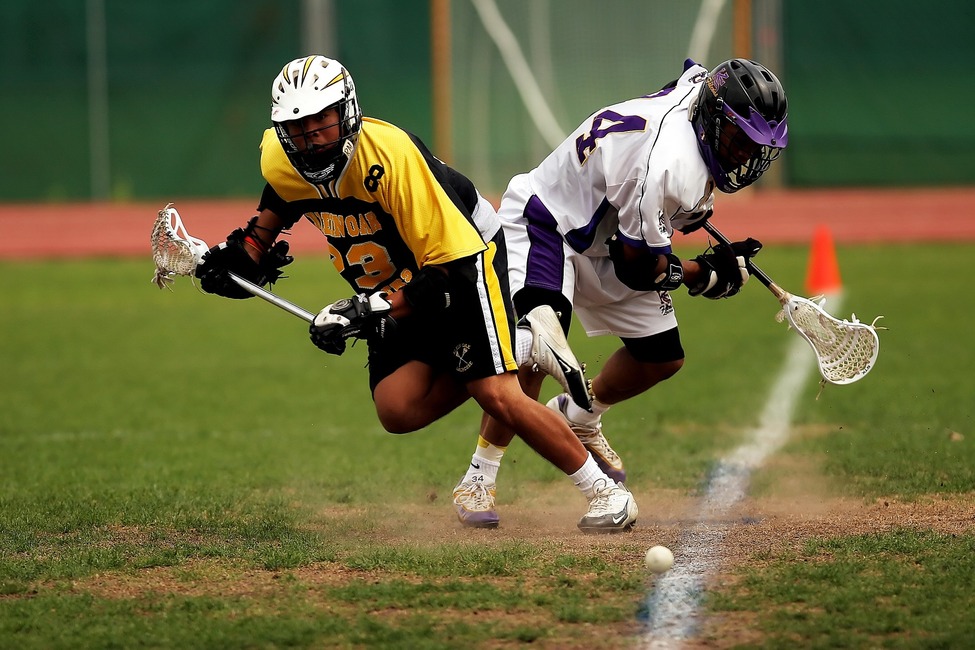 https://pixabay.com/photos/lacrosse-lax-lacrosse-game-game-1478384/